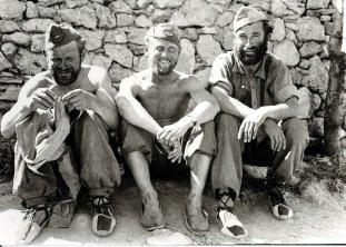 A los soldados de la Guerra Civil  alpargatas de Castañer