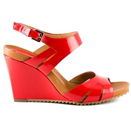 Cuñas de cuero rojo de Zinda Zapatos (Elche)