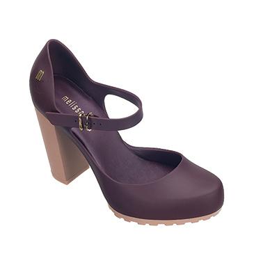 Melissa, zapatos de plástico para un mundo de plástico