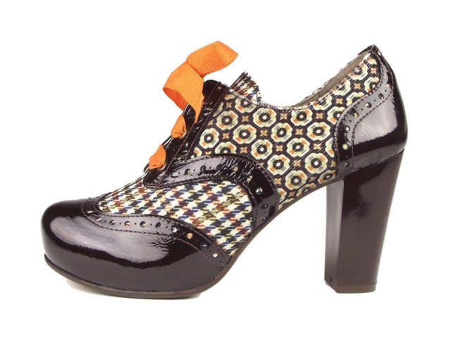 zapatos abotinados de sarahworld colección sara navarro elda