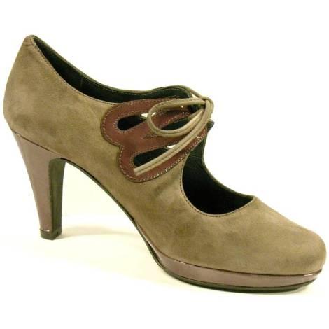 Zapatos de la marca Durá y Durá de ante y charol