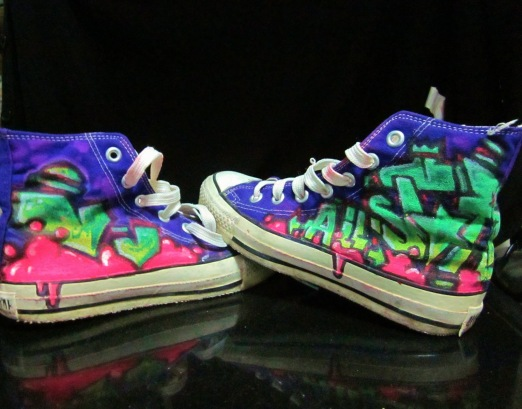 Zapatillas customizadas por Bayon Arts