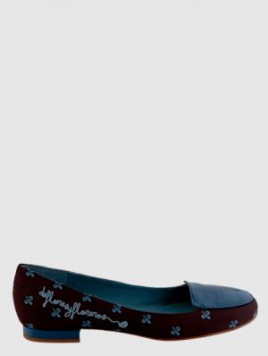 Zapatos de la nueva colección de la marca palentina De flores y floreros