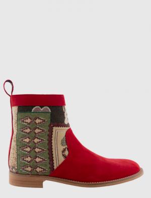 Botas de la nueva colección de otoño de la marca