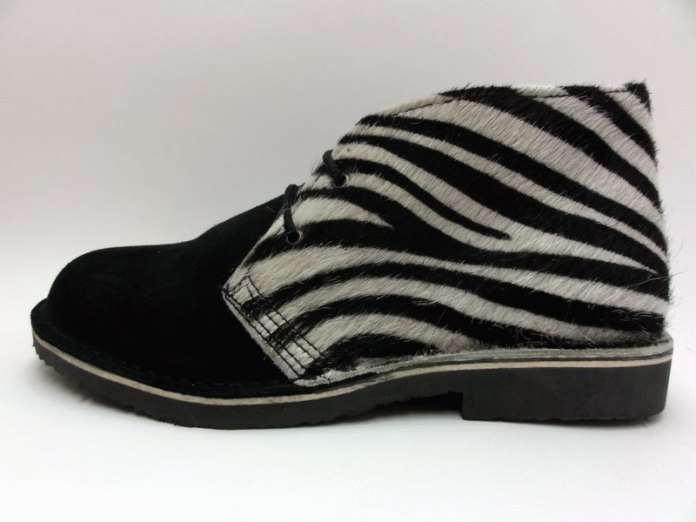 Zapatos de safari de Beatria con animal print