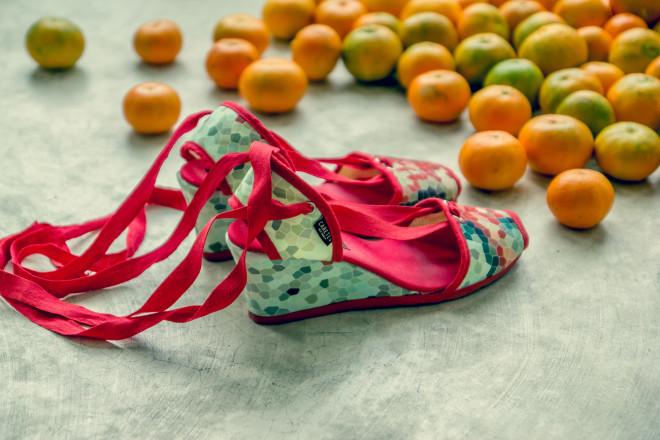 Caretes VLC SHOES, calzado valenciano con un toque diferente. ¡Es sexy!